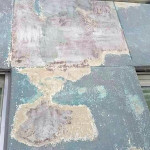 外壁の剥離、塗装作業①